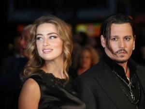 Johnny Depp dévoile le plan à trois d'Amber Heard avec deux célébrités
