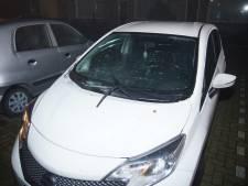 Opnieuw auto zwaar beschadigd met vuurwerk in Waalwijk
