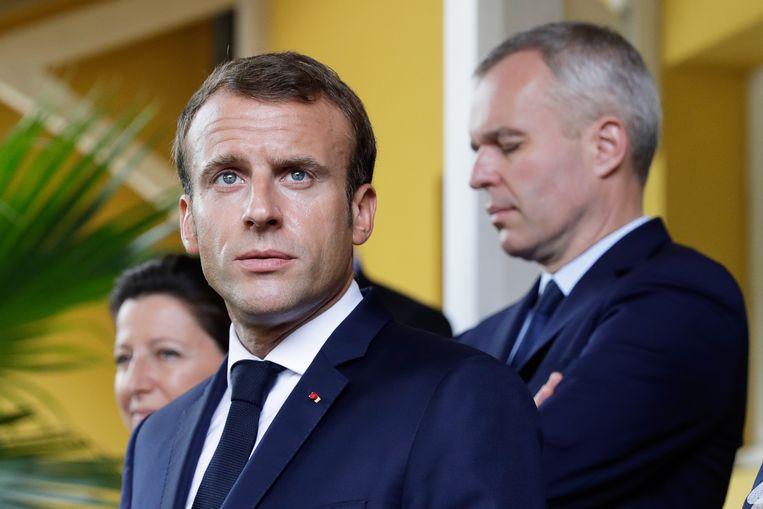 De Franse president Emmanuel Macron donderdag tijdens een bezoek aan Martinique. Beeld EPA
