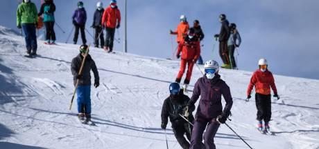 Vlaamse vrouw overtreedt regels, 5000 mensen in quarantaine: sneeuwbaleffect na 'onschuldig' skireisje