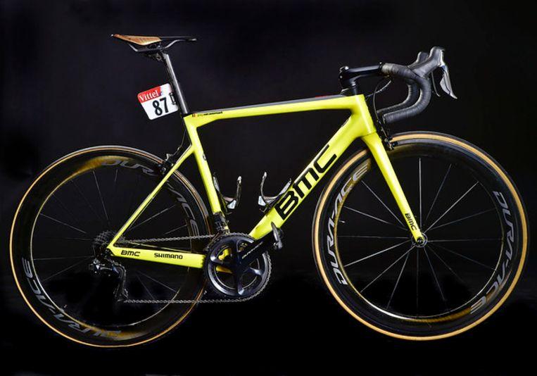 De gele fiets van Van Avermaet