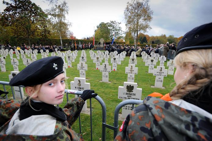 Op de Poolse begraafplaats in Breda worden jaarlijks de Poolse militairen herdacht die sneuvelden bij de bevrijding van Nederland.