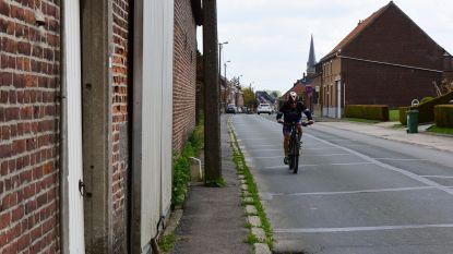 Na 26 jaar nog steeds geen concrete plannen voor veilig fiets- of voetpad in Plaatsstraat