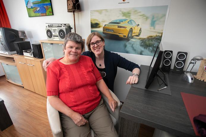 Anja Stouthart (links) en mentor Saskia Vlasblom. Foto Kees Martens/fotomeulenhof