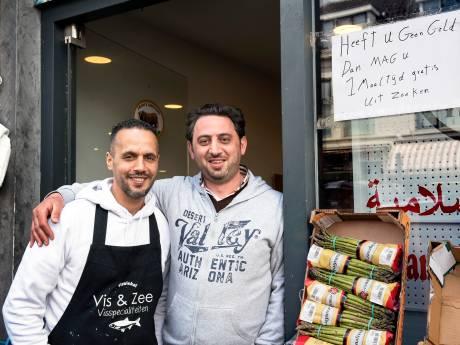 Syrische slagerij Lombok verstrekt gratis maaltijden