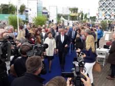 Koning Willem-Alexander plant boom tijdens eeuwfeest Wageningen Universiteit