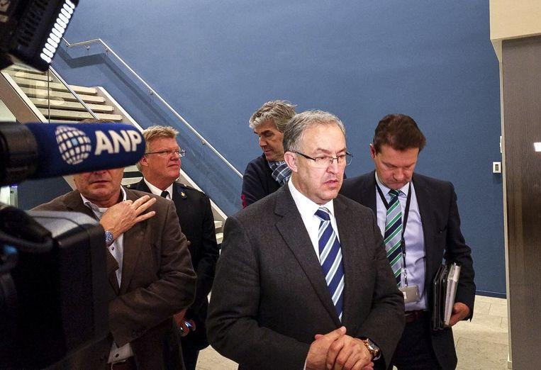 Burgemeester Aboutaleb gaf om 02.00 uur toelichting aan de pers over het ongewenste bezoek van de Turkse Minister Fatma Betül Sayan Kaya (Familiezaken) aan Rotterdam. Beeld ANP