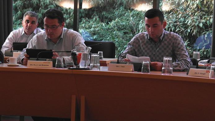GroenLinks-raadslid Ilhan Tekir naast fractievoorzitter Rutger van Breemen (links).