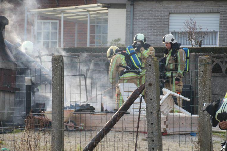 Het stookhuis brandde volledig uit.