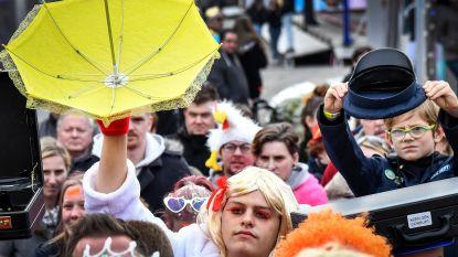 Carnavalisten vangen gouden paling