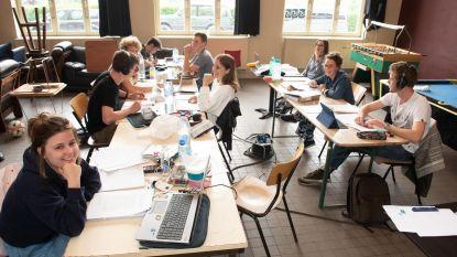 Jeugdraad installeert 'blokhuis' voor studenten, omdat samen studeren veel aangenamer is