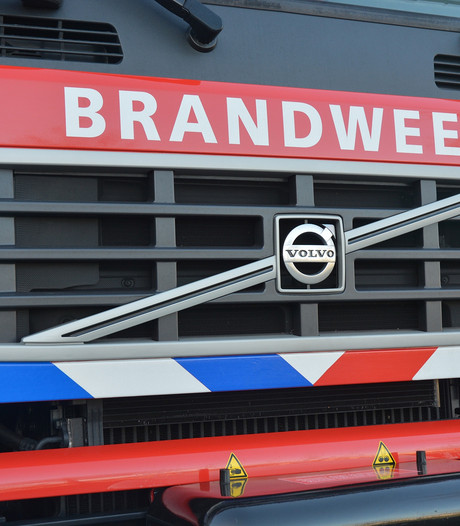 Auto brandt uit in Sint Philipsland