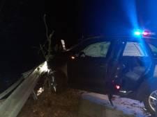 Man scheurt stijf van de coke in gestolen auto over A12 en crasht op afrit in Duitsland