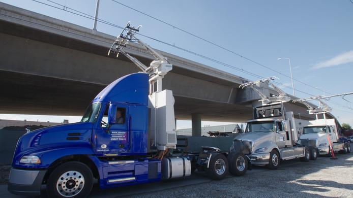 Vrachtwagens met bovenleiding moeten de lokale uitstoot in stedelijke gebieden terugdringen.