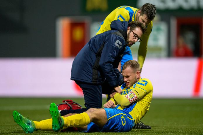 Jan Lammers is voor de derde keer in zijn loopbaan getroffen door een schouder uit de kom en zal nu waarschijnlijk versneld een operatie ondergaan.