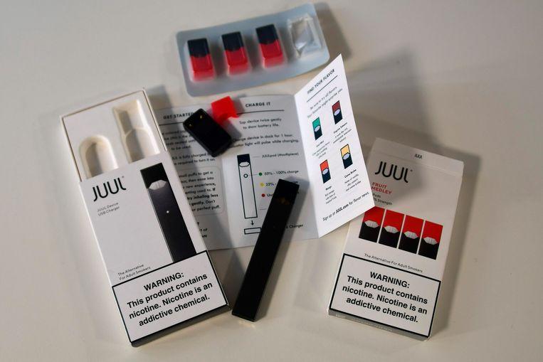 De Juul is veruit de populairste e-smoker in de VS  Beeld AFP