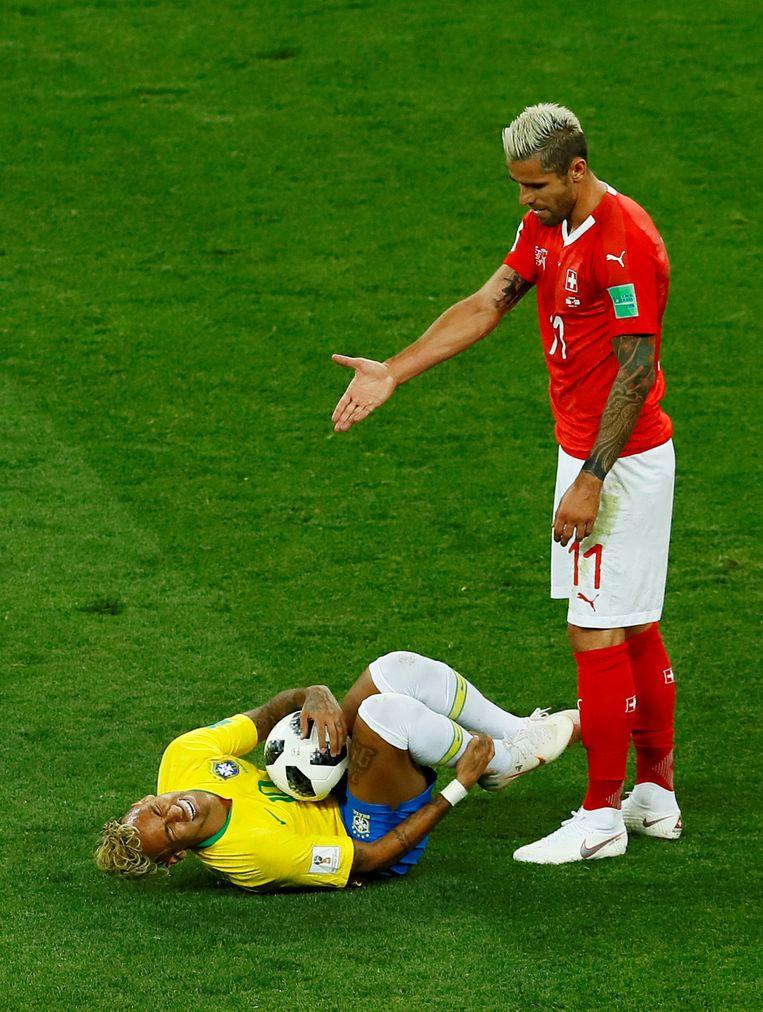 Behrami maakte in Rusland Neymar het leven zuur.