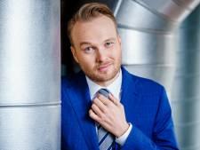 Arjen Lubach maakt recorduitzending op zolderkamer