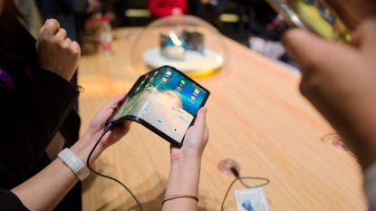 Bedrijf dat niemand kent maakt eerste opvouwbare smartphone