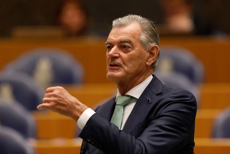 Martin van Rooijen (50Plus), ooit zelf staatssecretaris van belastingzaken, schampert nu al van de 'acht puinhopen van de Belastingdienst'. Beeld ANP
