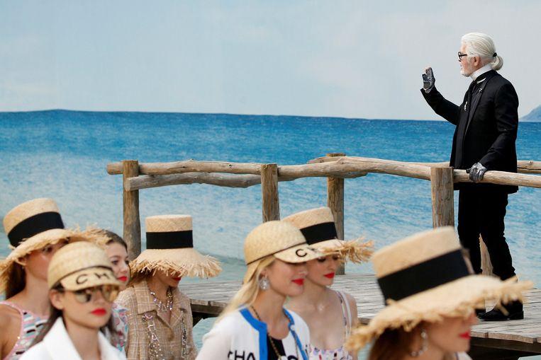 Karl Lagerfeld keek en zag dat het goed was.