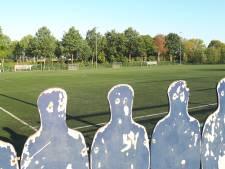Weer rubber op voetbalvelden in Heeswijk en Dinther