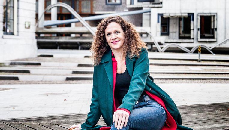 Sophie in 't Veld, achter het stadhuis in Utrecht: 'De EU is allang een politieke unie'. Beeld Aurélie Geurts