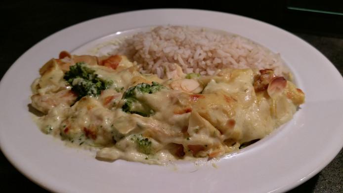Het geliefde familiegerecht van Esther van Oorschot: Amerikaanse ovenschotel met broccoli en kip.