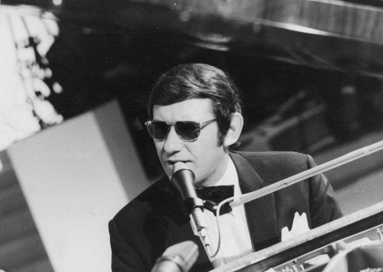 Johan tijdens een optreden in 1968.