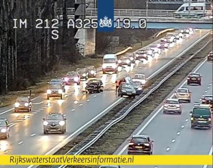 Ongeval op de A325 in Arnhem-Zuid ter hoogte van het busviaduct Lange Akkers.