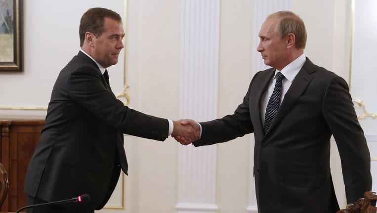 De Russische premier Dmitri Medvedev en president Vladimir Poetin. Medvedev zei in 2009: