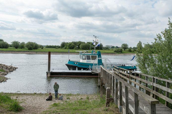 Van de voetveer tussen Wilp en Gorssel heeft de gemeente Lochem al aangekondigd dat deze moet blijven bestaan. De gemeente Lochem blijft de ondernemer die deze veer exploiteert, ondersteunen. Ook de gemeente Voorst betaalt hieraan mee.