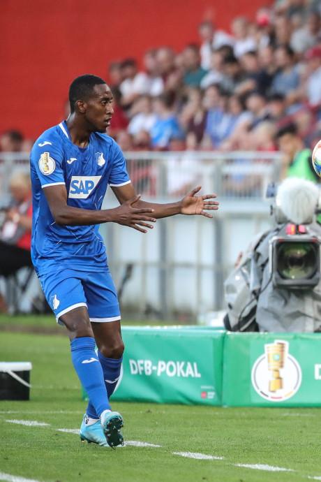 Vitesse wil voormalig PSV'er Joshua Brenet huren van Hoffenheim