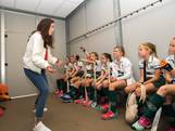 Naomi van As is voor een dagje coach in Bemmel