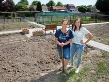 Eerst even in d'n hof kijken: belevingstuin Veldhoven geopend