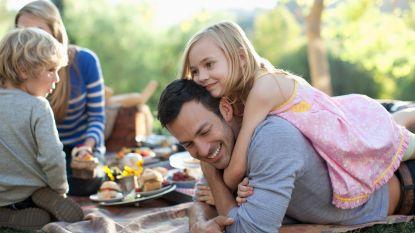 Family lunch met lentekriebels: tips en recepten voor een instant vakantiegevoel op werkdagen