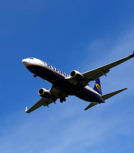 Spotters opgelet: twee Boeing 737's landen op Twente Airport