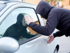 Inbrekers roven voor tweede nacht op rij airbags uit auto's in Gorinchem-Oost