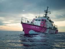 Un navire financé par Banksy pour secourir les migrants en Méditerranée
