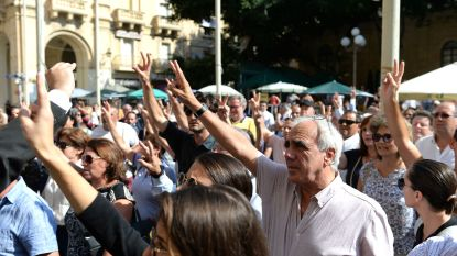 Maltezen de straat op na moord op journaliste