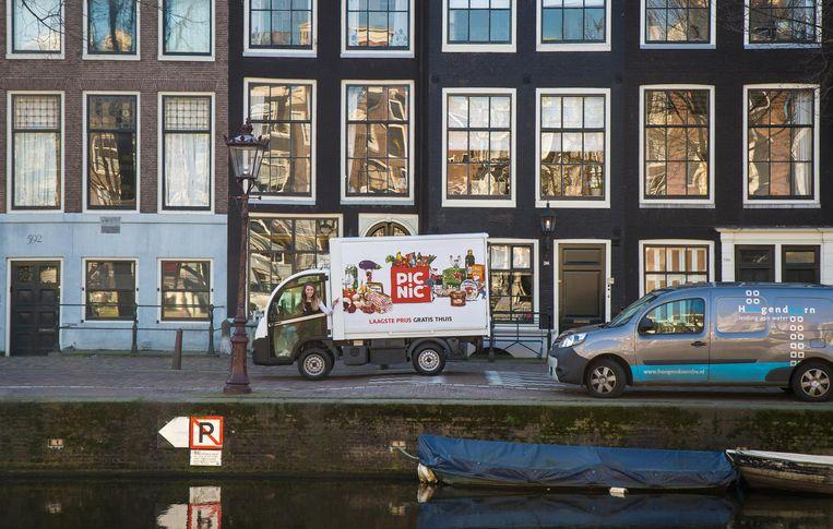 LEVV's (Licht Elektrische Vrachtvoertuigen) in diverse uitvoeringen blokkeren het overige verkeer niet¿ Beeld Richard Mouw