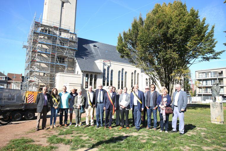 Het stadsbestuur en leden van de kerkraad bewonderden vrijdagnamiddag het resultaat van de restauratie.