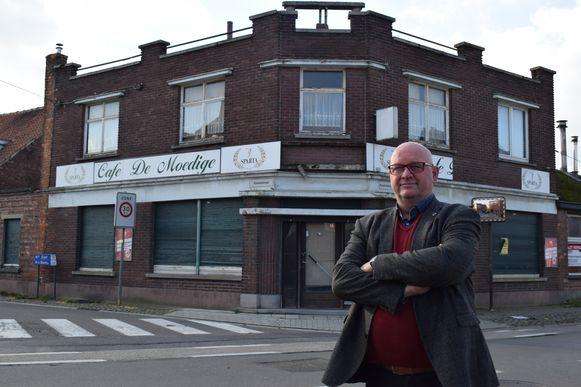 Bart Criel voor het legendarische café van Moeder Zulma.