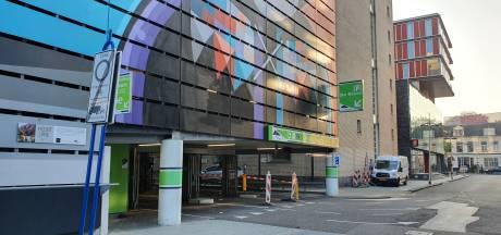 Cameratoezicht om 'poepende' bezoekers uit Hengelose parkeergarage te weren