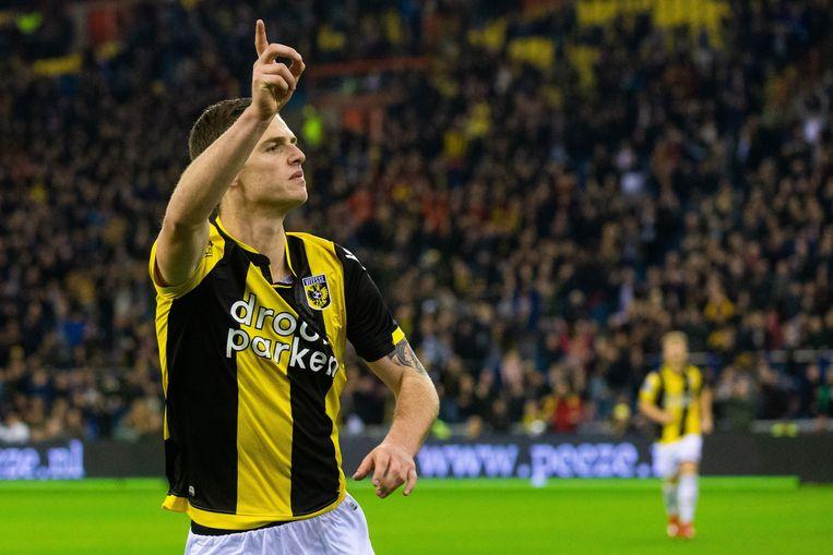 Thomas Buitink van Vitesse thuis tegen  AZ. Beeld VI Images