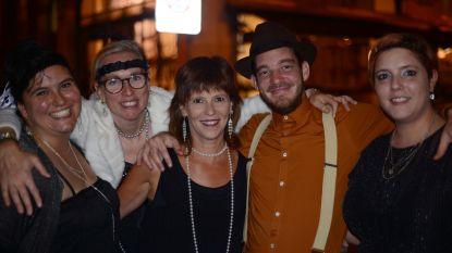 Legendarisch café Den Delper viert in Charleston-stijl