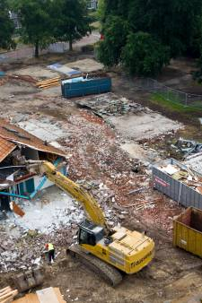 Oude schoolgebouw De Zwaluw in Markelo verdwijnt