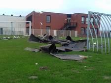 Basisschool Maria Regina in Steenbergen gesloten na stormschade; kinderen op gemeentehuis opgevangen