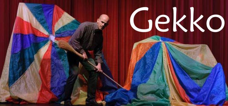 Kindertheater Studio Gekko brengt het verhaal van Herman, een poetsman met een burn-out.