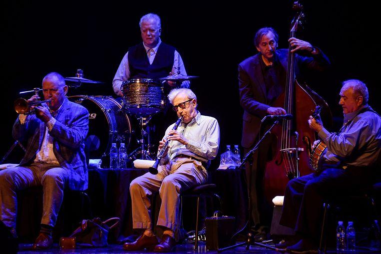 Woody Allen en de New Orleans Jazz Band speelden vorige week in Bilbao.  Beeld Miguel Tona